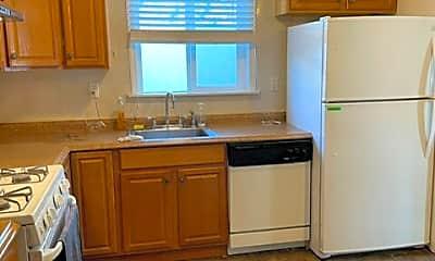 Kitchen, 1600 Arden Ave, 1