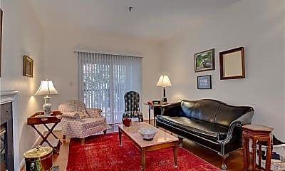 Living Room, 300 Yarmouth St, 1