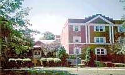 Royal Court Apartments, 0