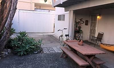 Patio / Deck, 379 Rosecrans St, 2
