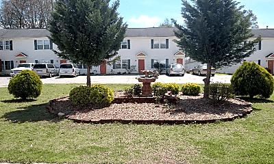 610 S Main St, 1