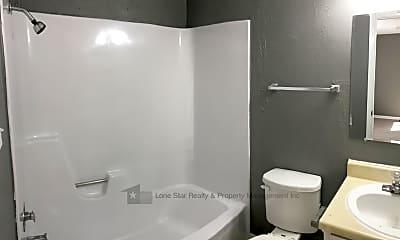 Bathroom, 420 N Gilmer St Apt 31, 2