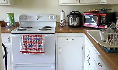 Kitchen, 618 9th St, 1
