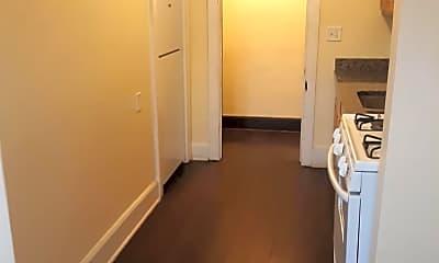 Bathroom, 222 N 5th St, 2