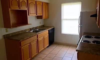 Bedroom, 324 W Elting St, 2