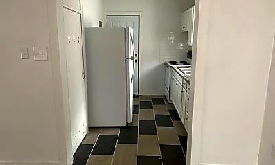 Kitchen, 1117 S 11th St, 2
