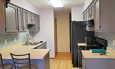 Kitchen, 4497 Clover Ln B, 1