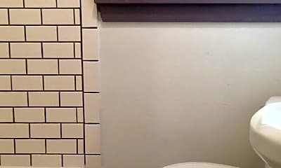 Bathroom, 1915 N Douglas Ave, 2