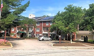 Bridle Path Apartments, 0