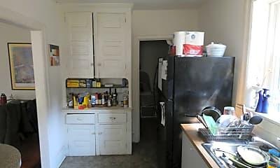Kitchen, 4702 Cedar Ave, 2