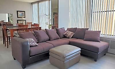 Living Room, 718 S 7th St, 0