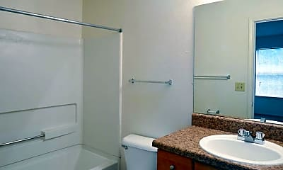 Bathroom, Willow Pointe, 2