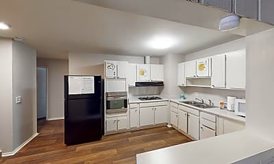 Kitchen, Room for Rent -  a 30 minute walk to bus stop Conl, 0