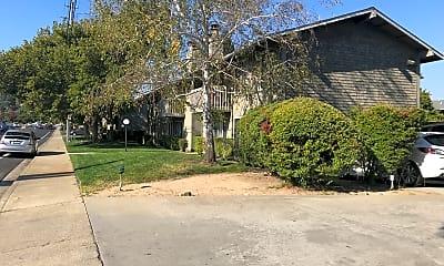 Pleasant Hill Gardens, 0