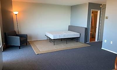 Living Room, 1 E University Pkwy 1309, 1