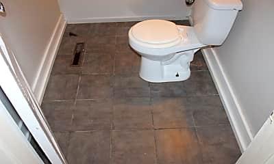 Bathroom, 623 Kiowa, 2