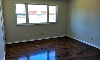 Living Room, 3601 Maize Rd, 1