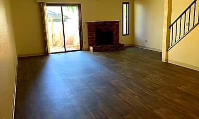Living Room, 329 S 40th Pl, 0