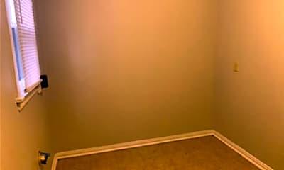 Bedroom, 734 N Willis St, 2