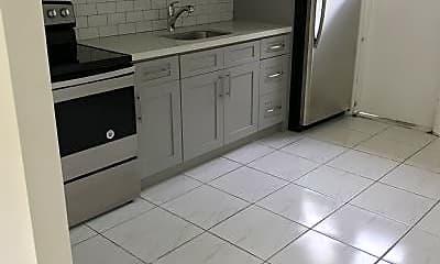 Kitchen, 18100 NE 25th Pl, 1