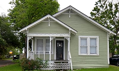 Building, 1001 N Park St, 0