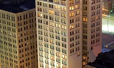 Building, 76 W Adams Ave, 2