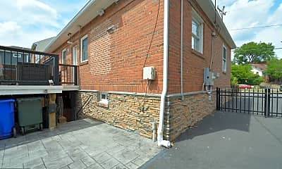 Building, 2422 Washington Blvd, 1