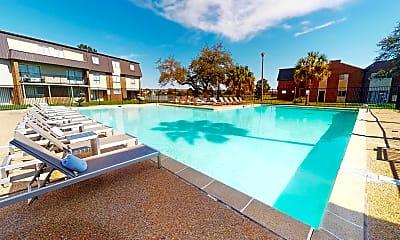 Pool, Lakewood Pointe, 0