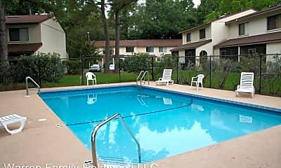 Pool, 2735 SW 35th Pl, 1