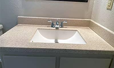 Bathroom, 7536 Meadowlark Ln N, 2