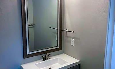 Bathroom, 918 Acapulco Ct, 1