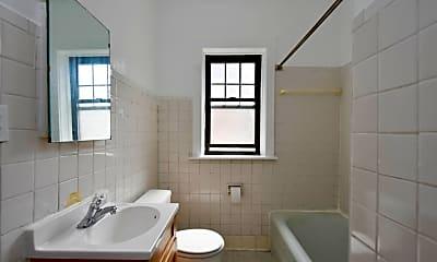 Bathroom, 147 W Maple St, 2