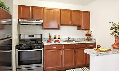 Kitchen, Timber Pointe, 1