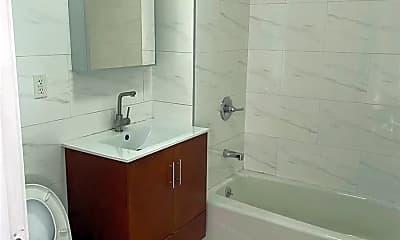 Bathroom, 132-08 Pople Ave 4, 2