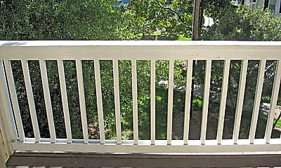 Patio / Deck, 221 Schultz St, 1