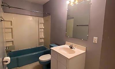 Bathroom, 521 Bluff Ave SW, 0