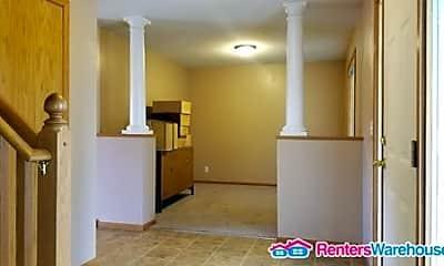 Living Room, 3152 Kettering Rd, 1