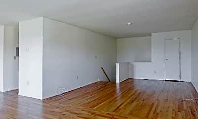 Living Room, 101 Blue Spring Rd, 2