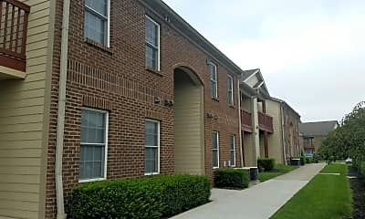 East Ridge Apartments, 0