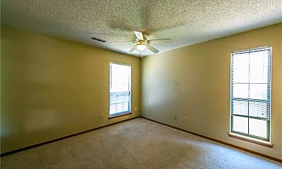 Bedroom, 424 E Malinda Dr, 2