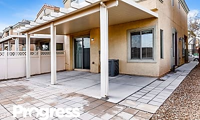 Patio / Deck, 5425 Tinker Toy Ave, 2