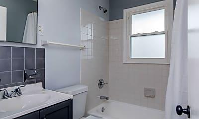 Bathroom, 1573 Alexandria Dr, 2