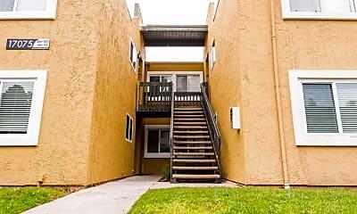 Building, 17075 W Bernardo Dr, 2