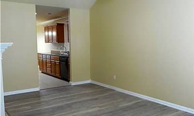 Bedroom, 1007 Oak Xing, 1