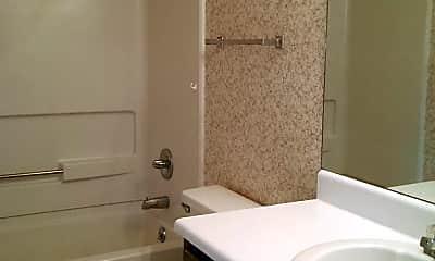 Bathroom, 2021 Cloyd Blvd, 1