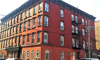 Building, 415 1st St 4F, 2