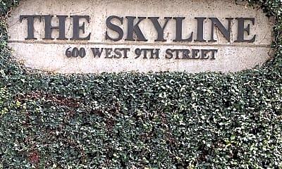 Community Signage, 600 W 9th St 503, 2