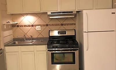 Kitchen, 842 Geranium St, 1