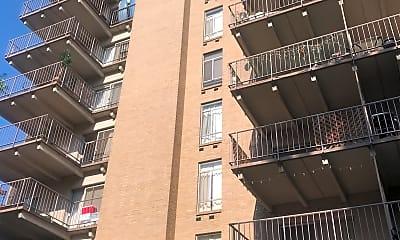 Safari Club Apartments, 0