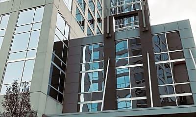 Building, 1901 S Calumet Ave 2211, 0